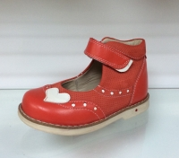 Baby Orthopedic Shoes туфли коралл с сердцем